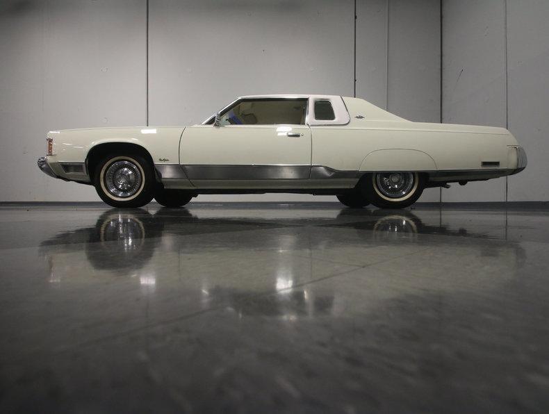 1975 Chrysler New Yorker Brougham #10