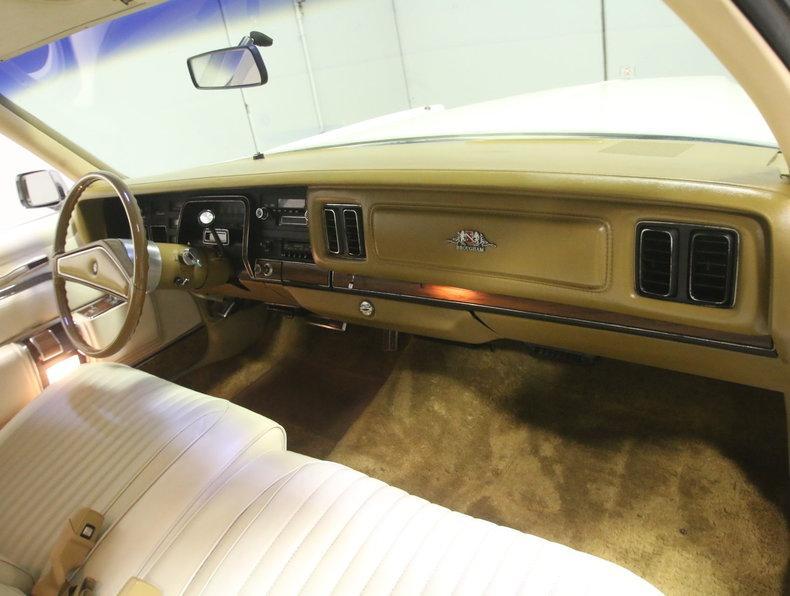 1975 Chrysler New Yorker Brougham #51