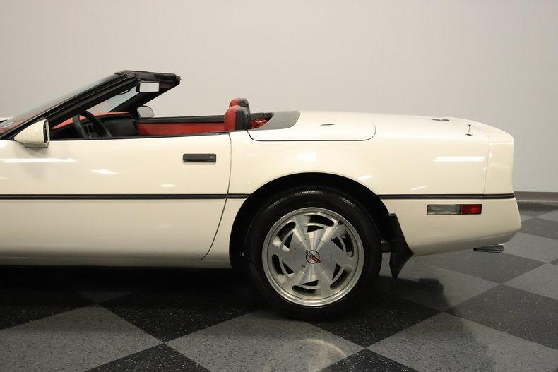 1988 Chevrolet Corvette #11