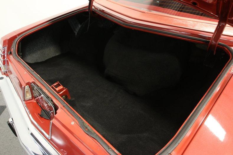 1977 Chevrolet Monte Carlo Landau #32