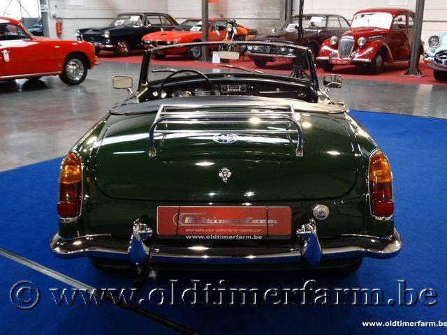 MG B Roadster Green '66 #5