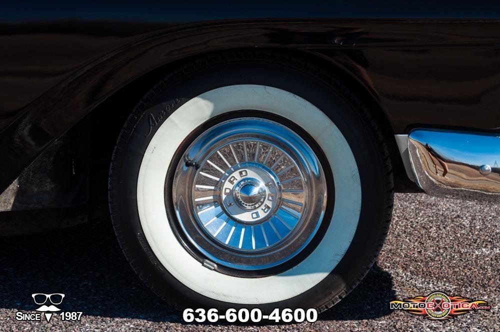 1957 Ford Fairlane 500 Sunliner Restomod #22