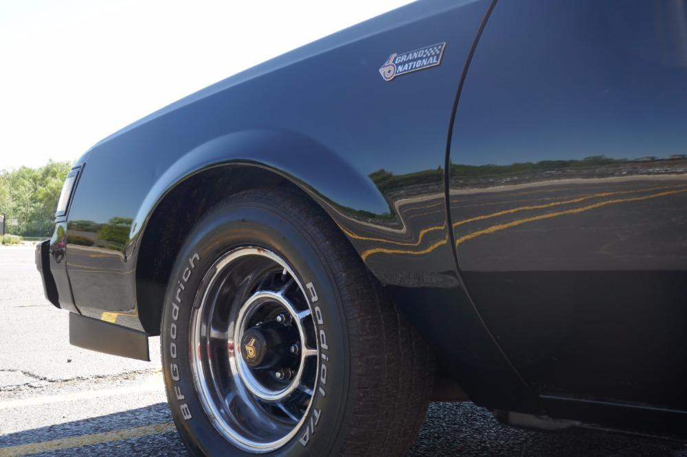 1987 Buick Grand National -AFFORDABLE ONE OWNER WITH T TOPS-SEE VIDEO Stock # 87381JP for sale near Mundelein, IL | IL Buick Dealer #16
