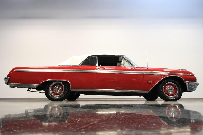 1962 Ford Galaxie 500 Sunliner #21