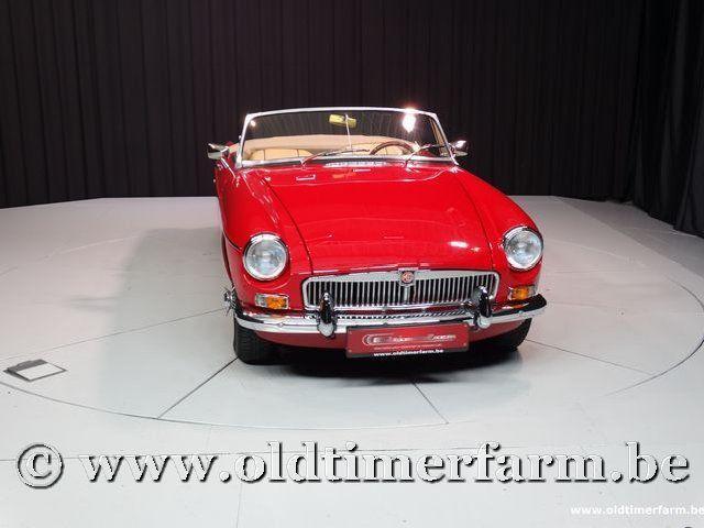MG B Roadster Red '67 #51