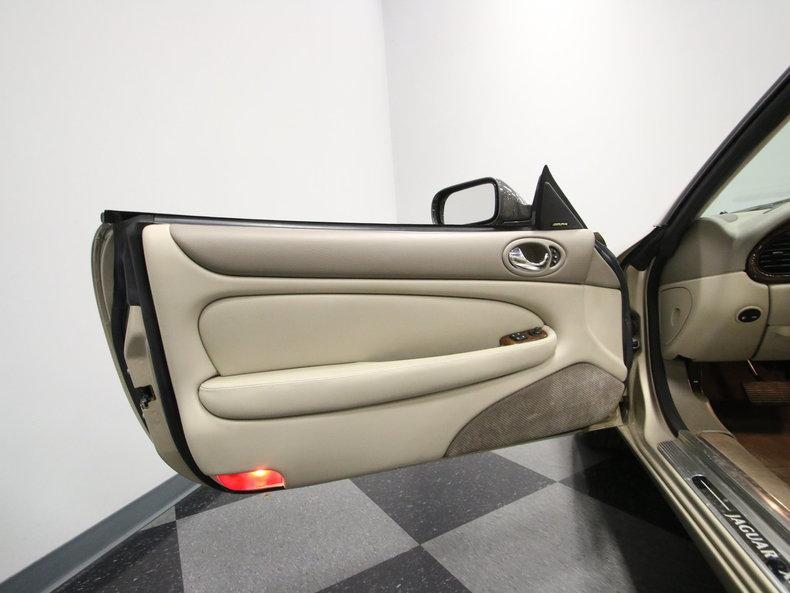2000 Jaguar XK8 #41