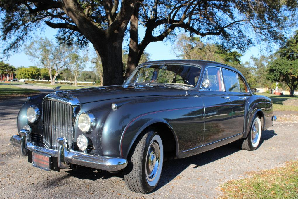 1960 BENTLEY S2 CONTINENTAL H.J. MULLINER STYLE 7508 FLYING SPUR #BC66LAR – 97,353 km (58,411 miles) #0