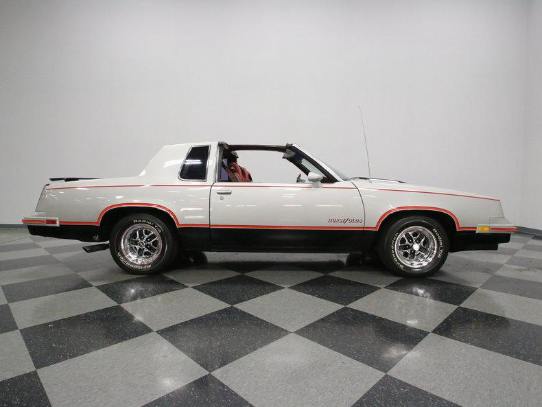 1984 Oldsmobile Cutlass Hurst/Olds #25