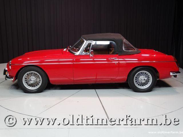 MG B Roadster Red '67 #214