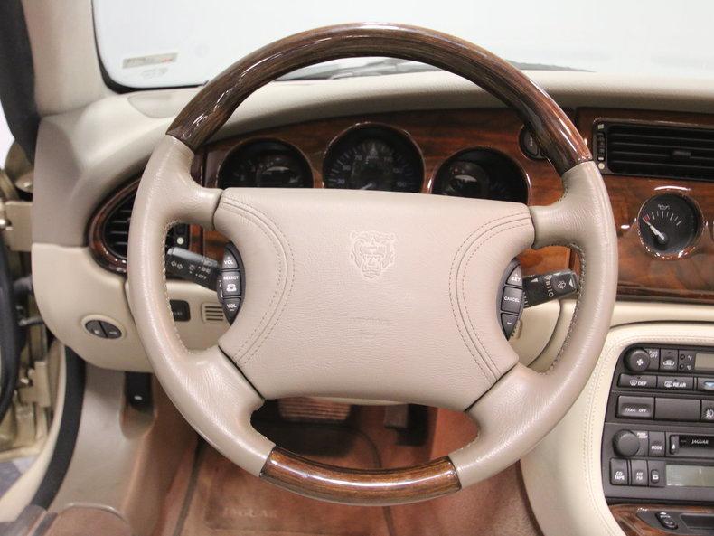 2000 Jaguar XK8 #45
