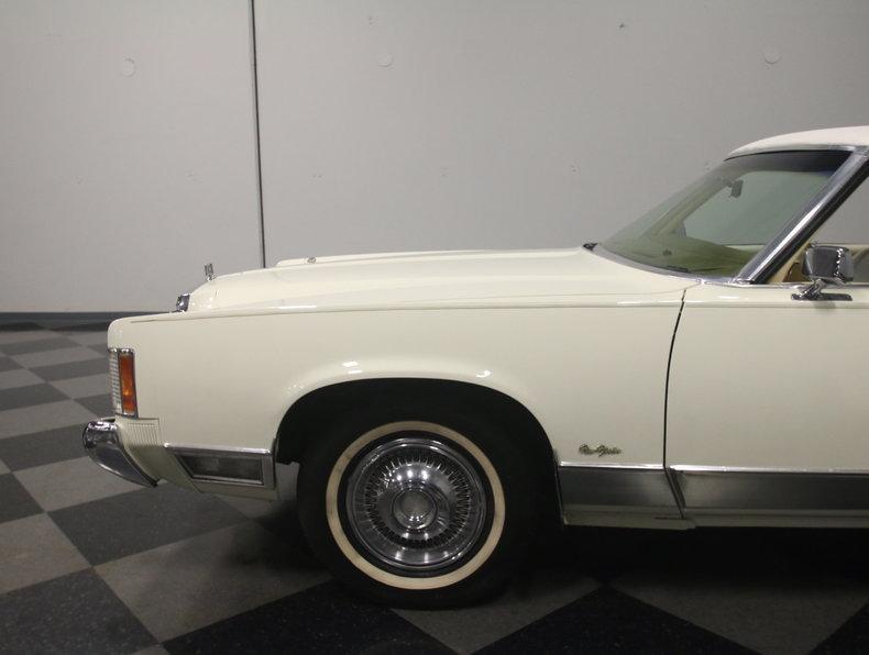 1975 Chrysler New Yorker Brougham #11