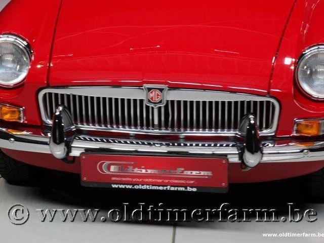MG B Roadster Red '67 #111