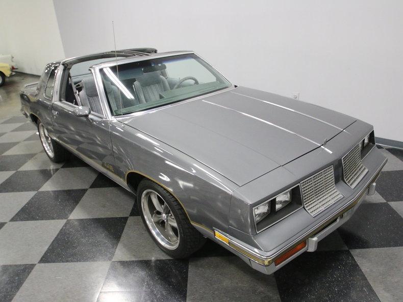 1985 Oldsmobile 442 #28