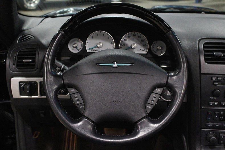 2005 Ford Thunderbird #41