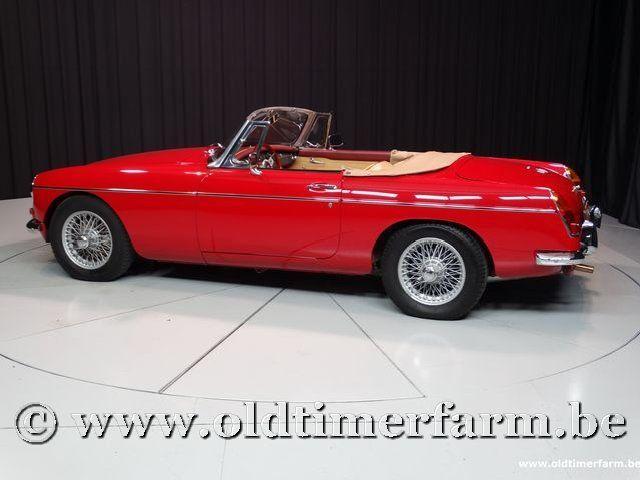 MG B Roadster Red '67 #13