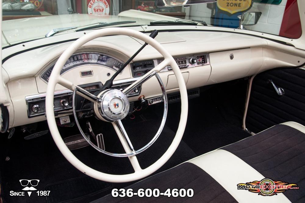 1957 Ford Fairlane 500 Sunliner Restomod #82