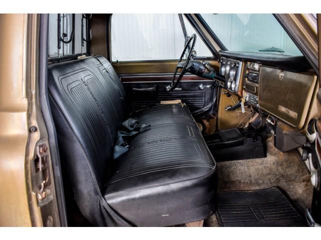 Chevrolet Pickup Custom Camper V8 #7