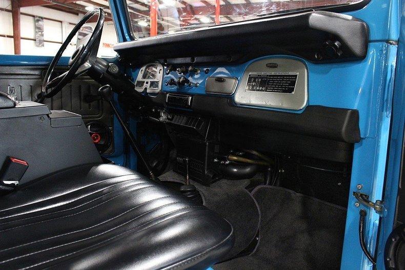1977 Toyota Land Cruiser FJ-40 #11