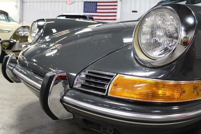 1969 Porsche 911 T #23