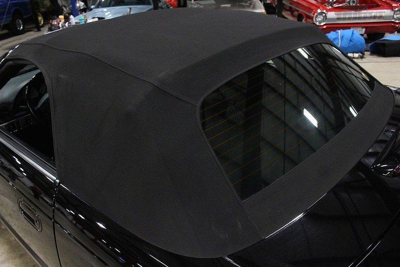 2005 Ford Thunderbird #65