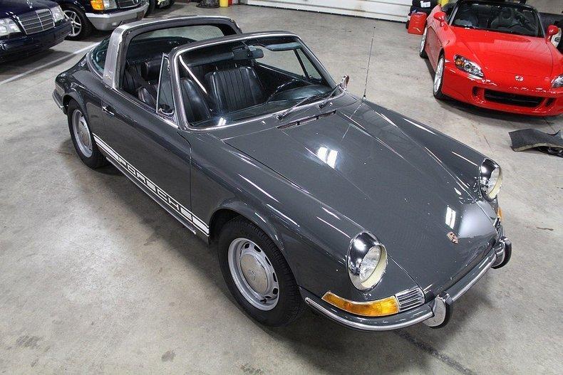 1969 Porsche 911 T #100