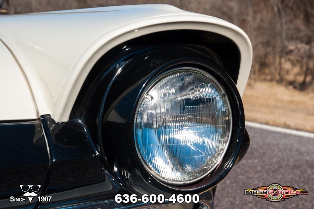 1957 Ford Fairlane 500 Sunliner Restomod #20