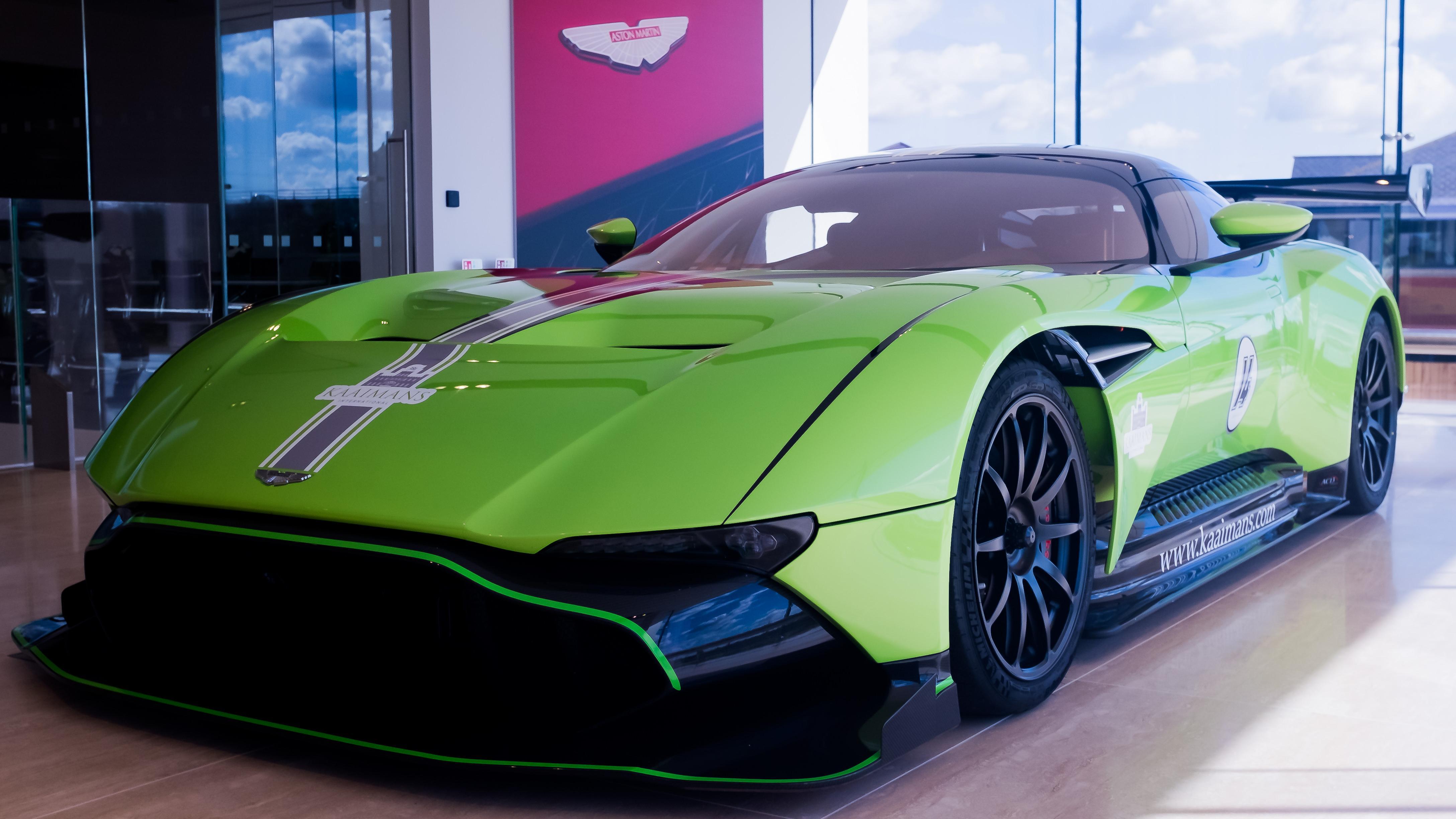 Aston Martin Vulcan (Vat Qualifying) #22