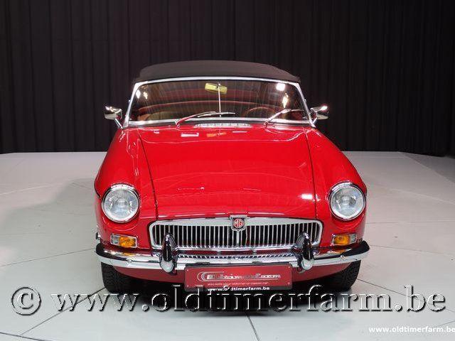MG B Roadster Red '67 #210