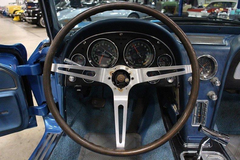 1965 Chevrolet Corvette #33