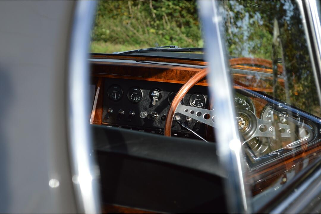 Jaguar Mk2 3.8 Genuine Coombs #18