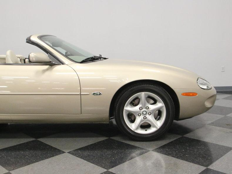 2000 Jaguar XK8 #30