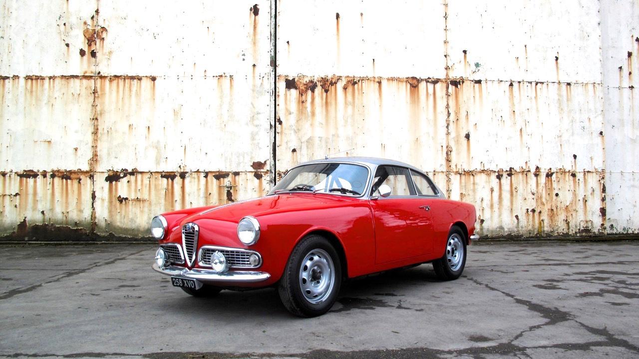 Alfa Romeo Giulia Sprint 1963 #1