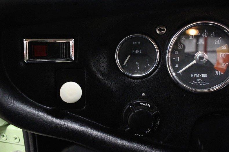 1970 MG MGB GT #38