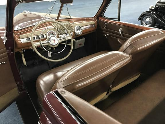 1946 FORD SUPER DELUXE 8 CONVERTIBLE #3