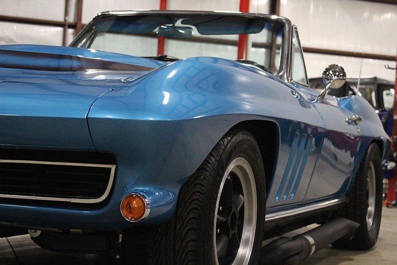 1965 Chevrolet Corvette #25