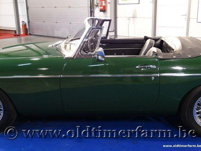 MG B Roadster Green '66 #9