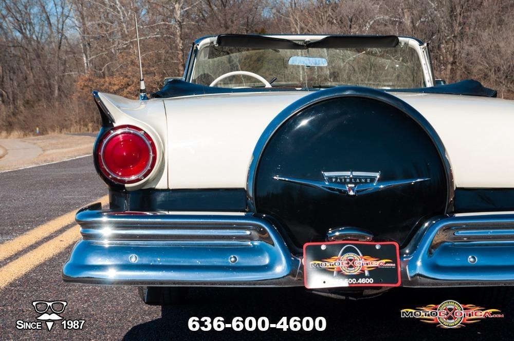 1957 Ford Fairlane 500 Sunliner Restomod #38