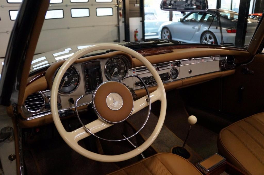 Mercedes-Benz 230SL Pagoda concourse 1966 #1