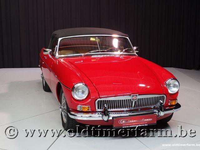 MG B Roadster Red '67 #208