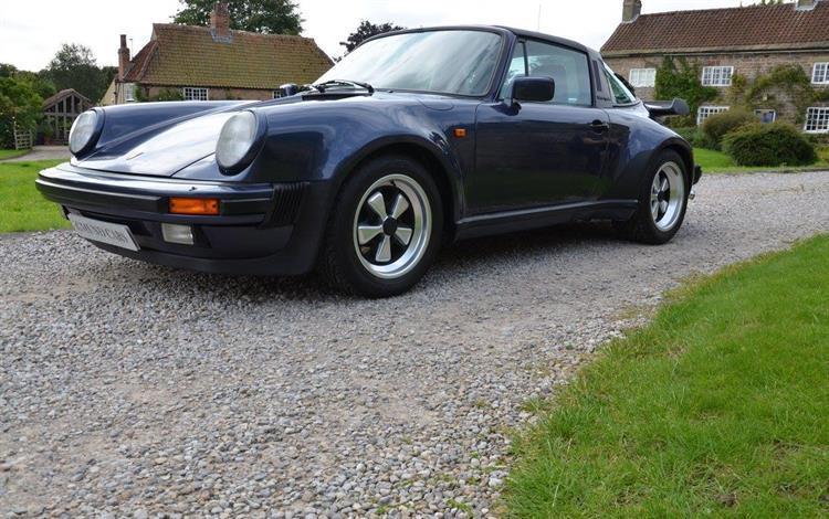 Porsche 911 3.2 Supersport #0