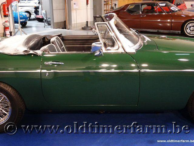 MG B Roadster Green '66 #15
