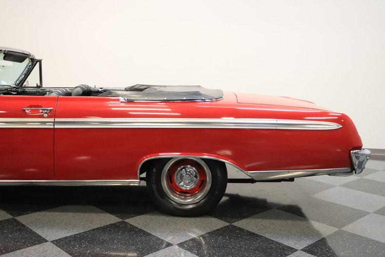 1962 Ford Galaxie 500 Sunliner #11