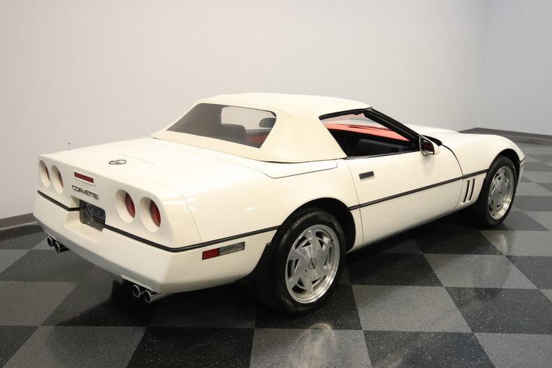 1988 Chevrolet Corvette #16