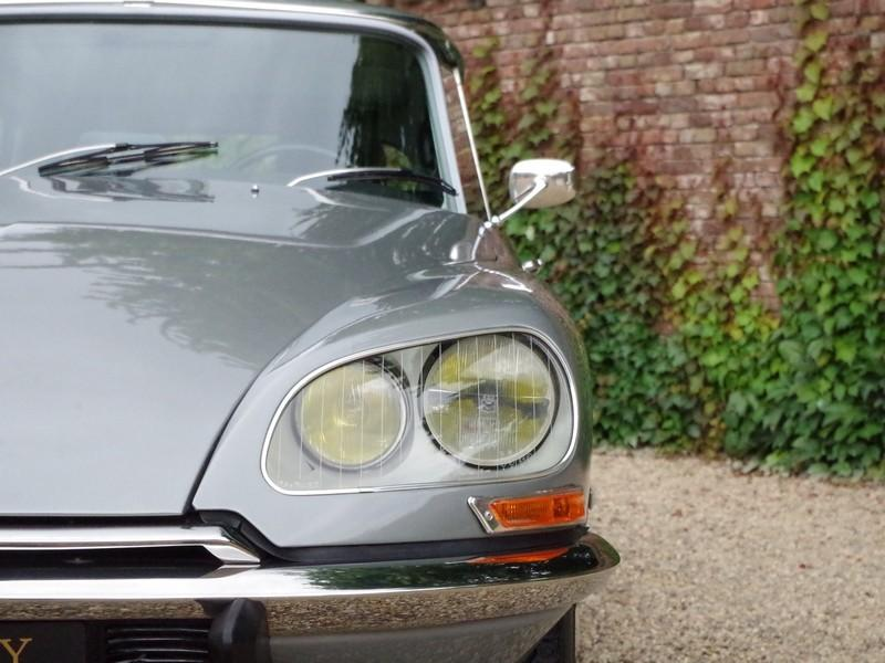 CITROËN DS21 PALLAS INJECTION WITH SUNROOF AND MANUAL GEARBOX! . (1970) #18