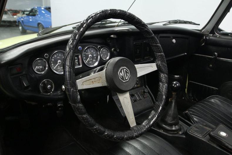 1976 MG MGB #35