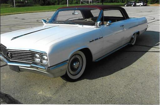 1964 Buick LeSabre -LOWERED- 2-DOOR HARDTOP-MILD CUSTOM CLASSIC- Stock # 64310WISR for sale near Mundelein, IL | IL Buick Dealer #1