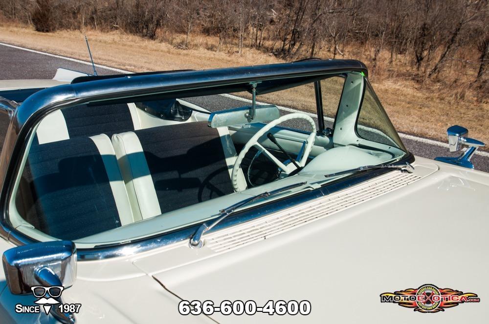 1957 Ford Fairlane 500 Sunliner Restomod #28