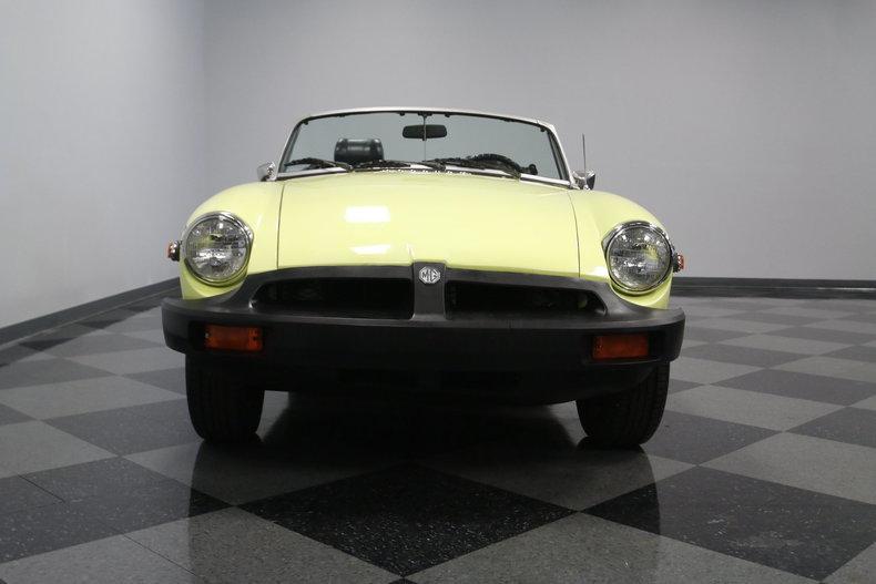 1976 MG MGB #4