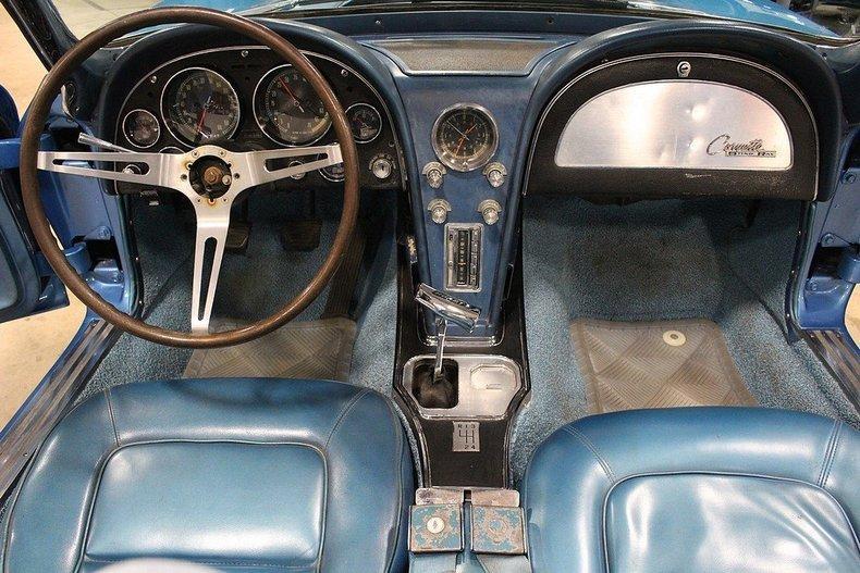 1965 Chevrolet Corvette #16