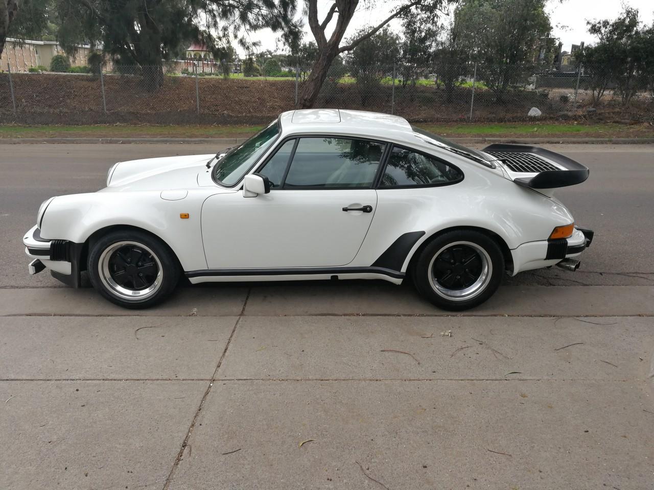 Porsche 930 Turbo #1